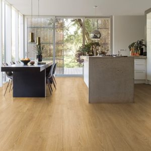 Quickstep Majestic Woodland Oak Natural at Crawley Carpet Warehouse